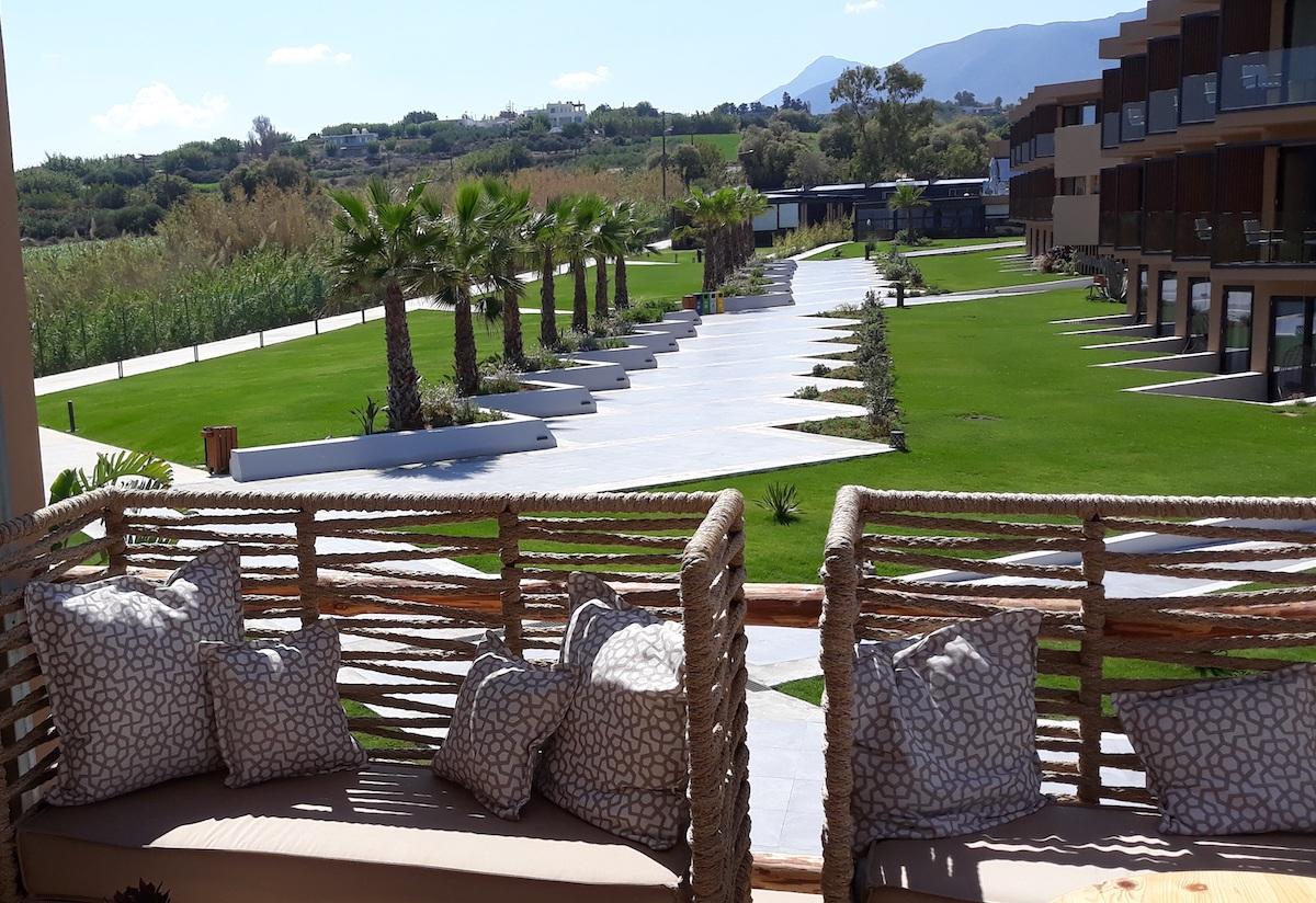 antonis-garden-la-mer-resort-spa-after-002