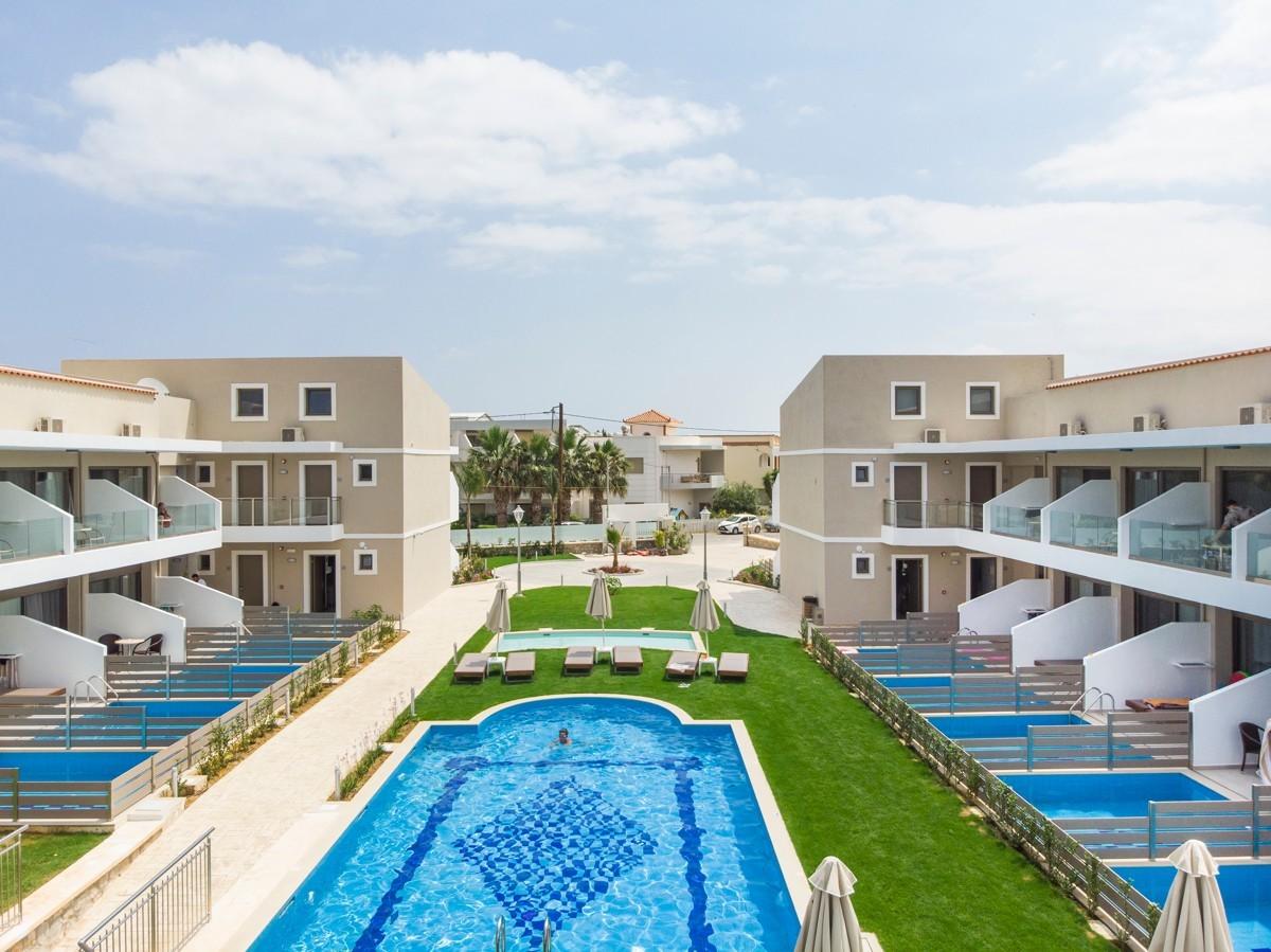antonis-garden-vantaris-blue-hotel-after-004