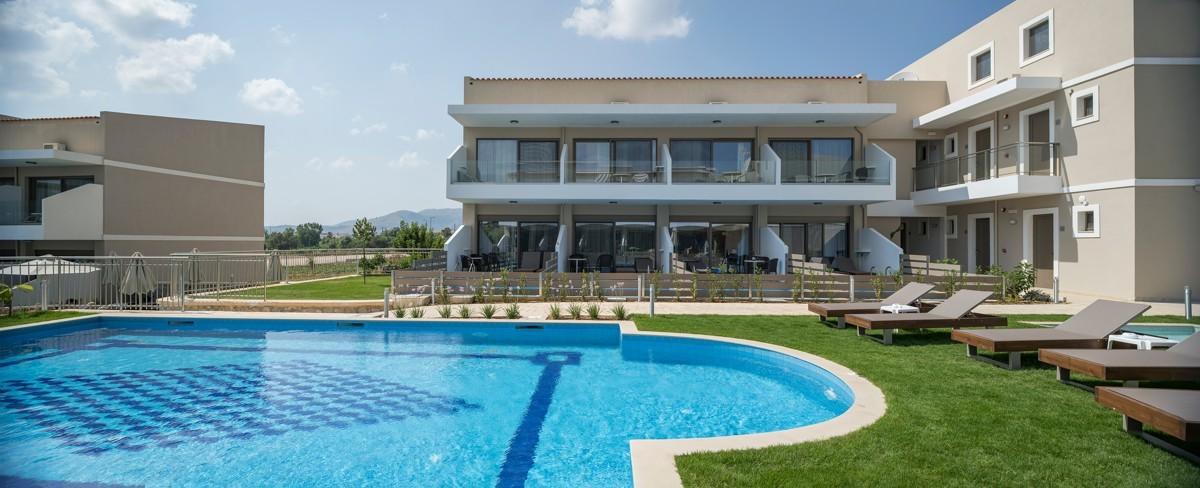 antonis-garden-vantaris-blue-hotel-after-007