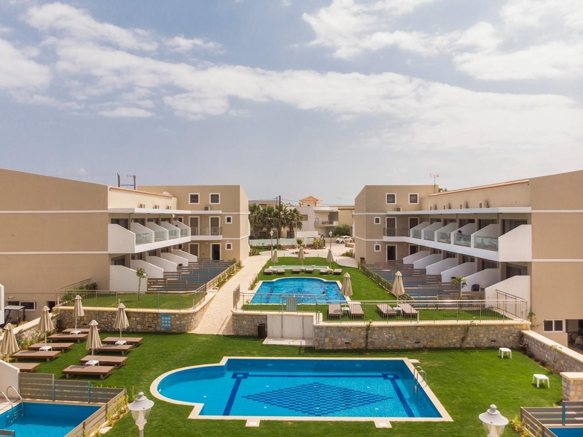 antonis-garden-vantaris-blue-hotel-after-008
