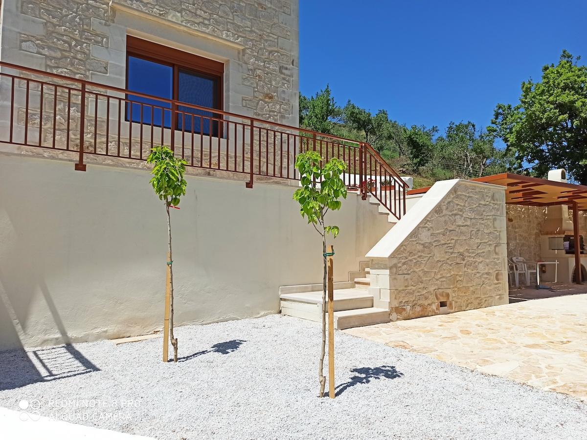 antonis-garden-villa-panorama-after-002