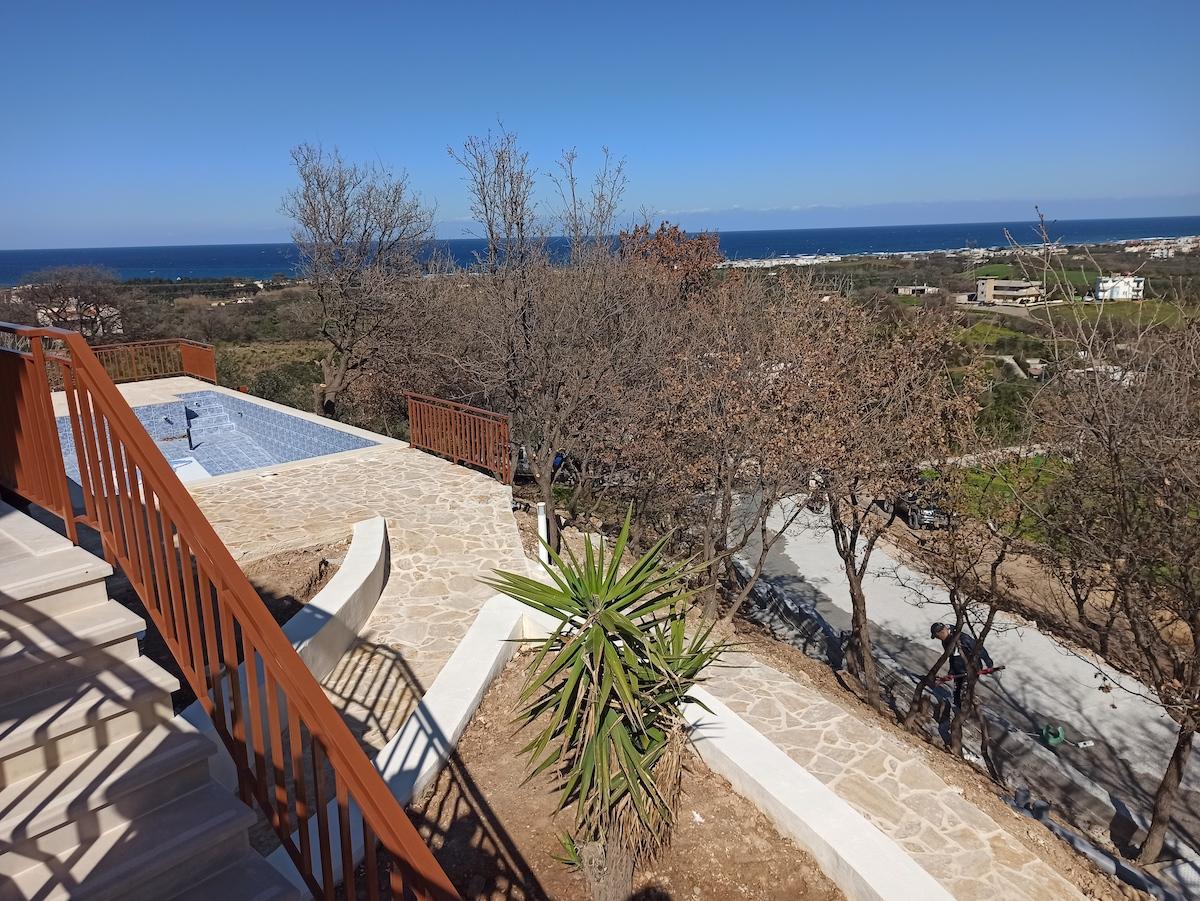 antonis-garden-villa-panorama-before-004