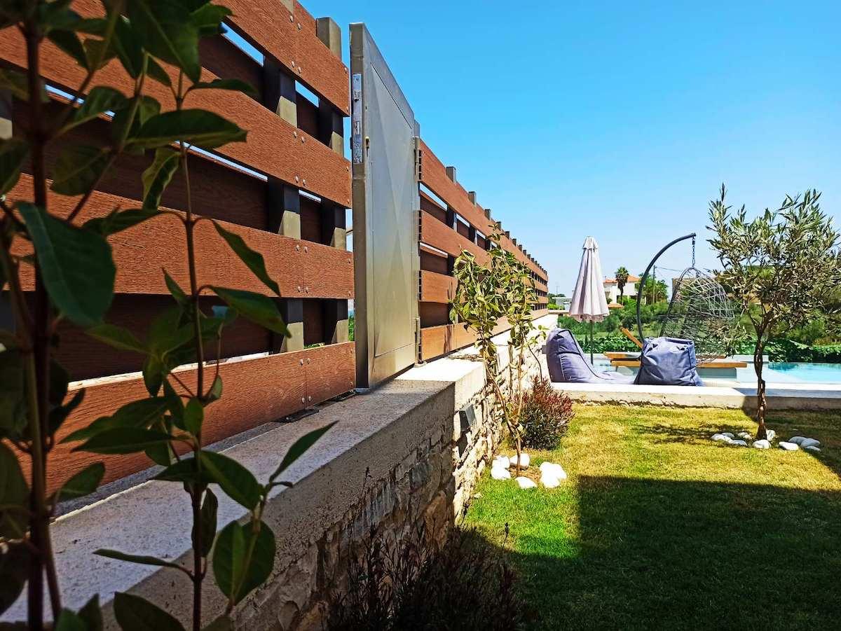 antonis-garden-minoas-luxury-villas-after-00024
